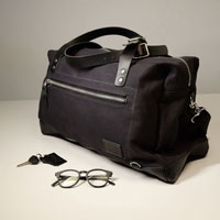 Unit Garage Borsa Compact Traveller Nero