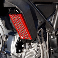Ducabike Oil Cooler Guard Gr03 Red