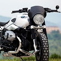 Unit Garage Black Windscreen Ninet