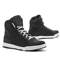 Forma Swift J Dry Shoes Black White