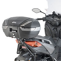 Givi Sr2136 Rear Rack Yamaha X-max